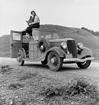 Ms. Lange and her car - Photo Public Domain