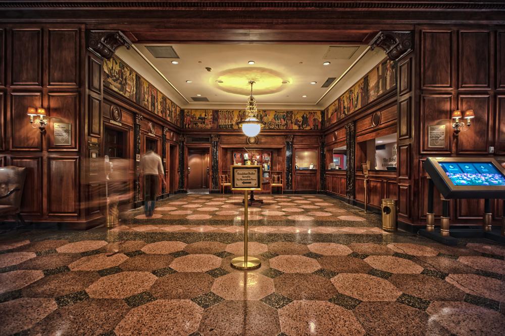 mark-morrow-hotel-roanoke-lobby-alcove