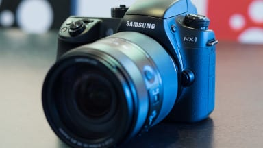 A Quick Look at the Samsung's NX1
