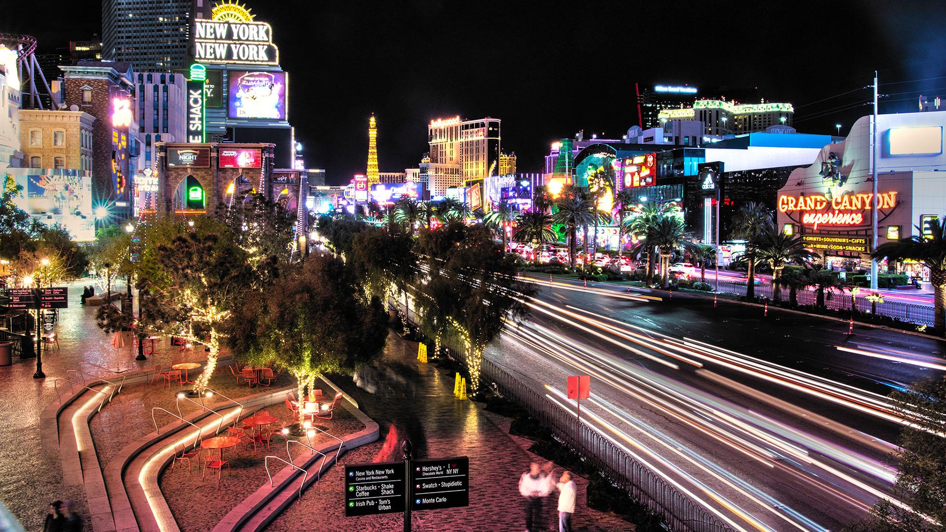ChamiraStudios_Vegas_Night_Lights_1920px