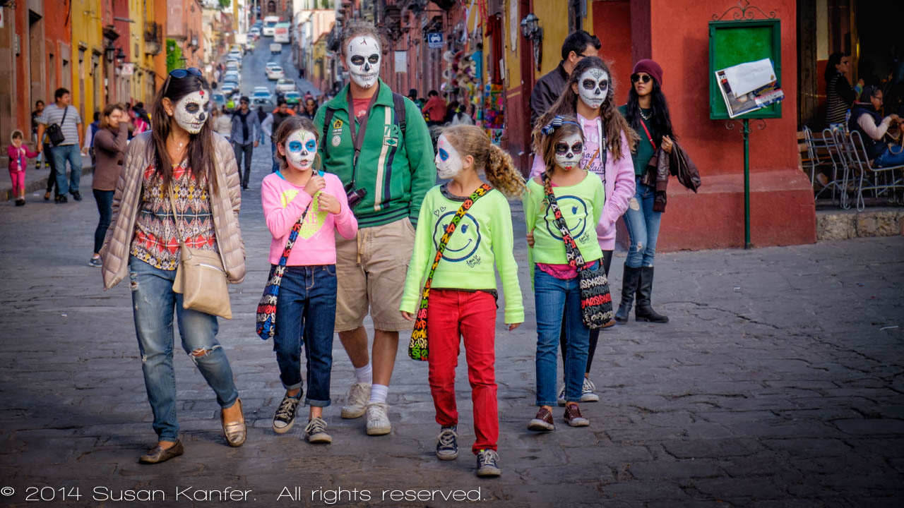 Family, Day of the Dead