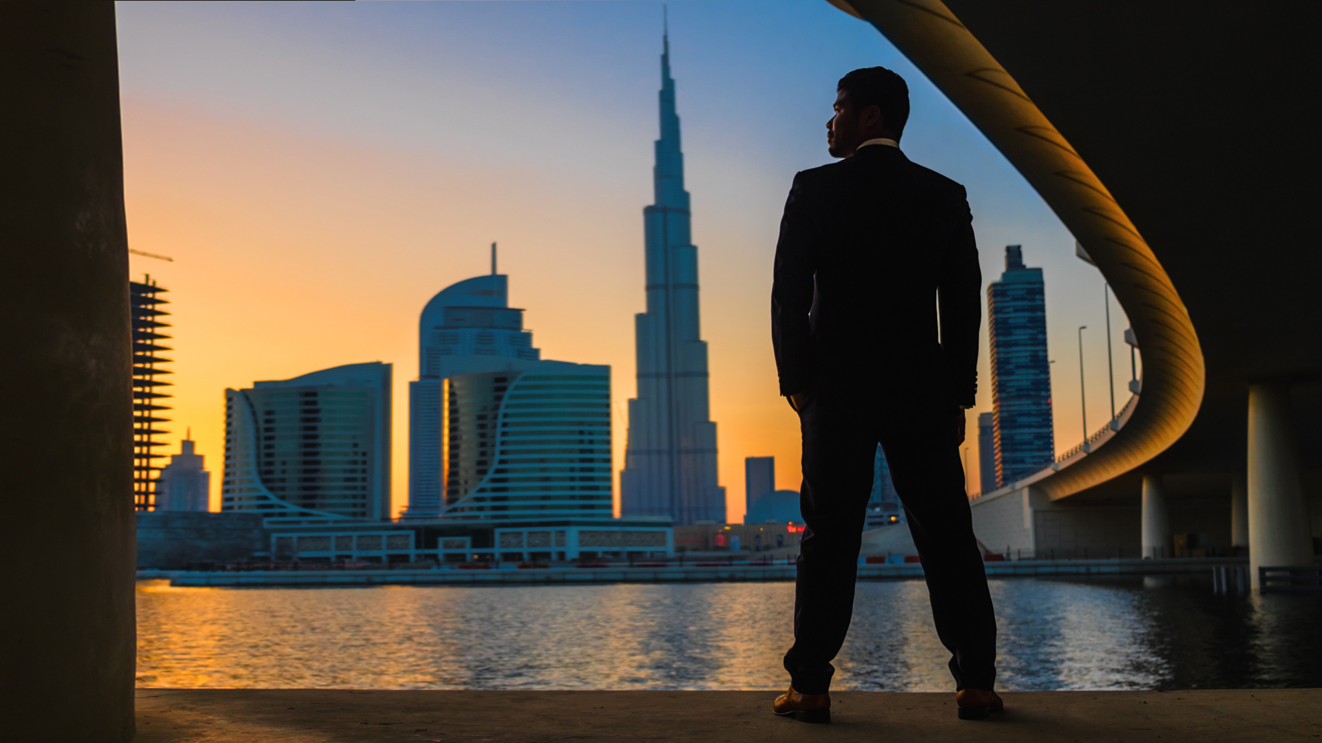 Ceasar silhouetted with Dubai skyline, natural light