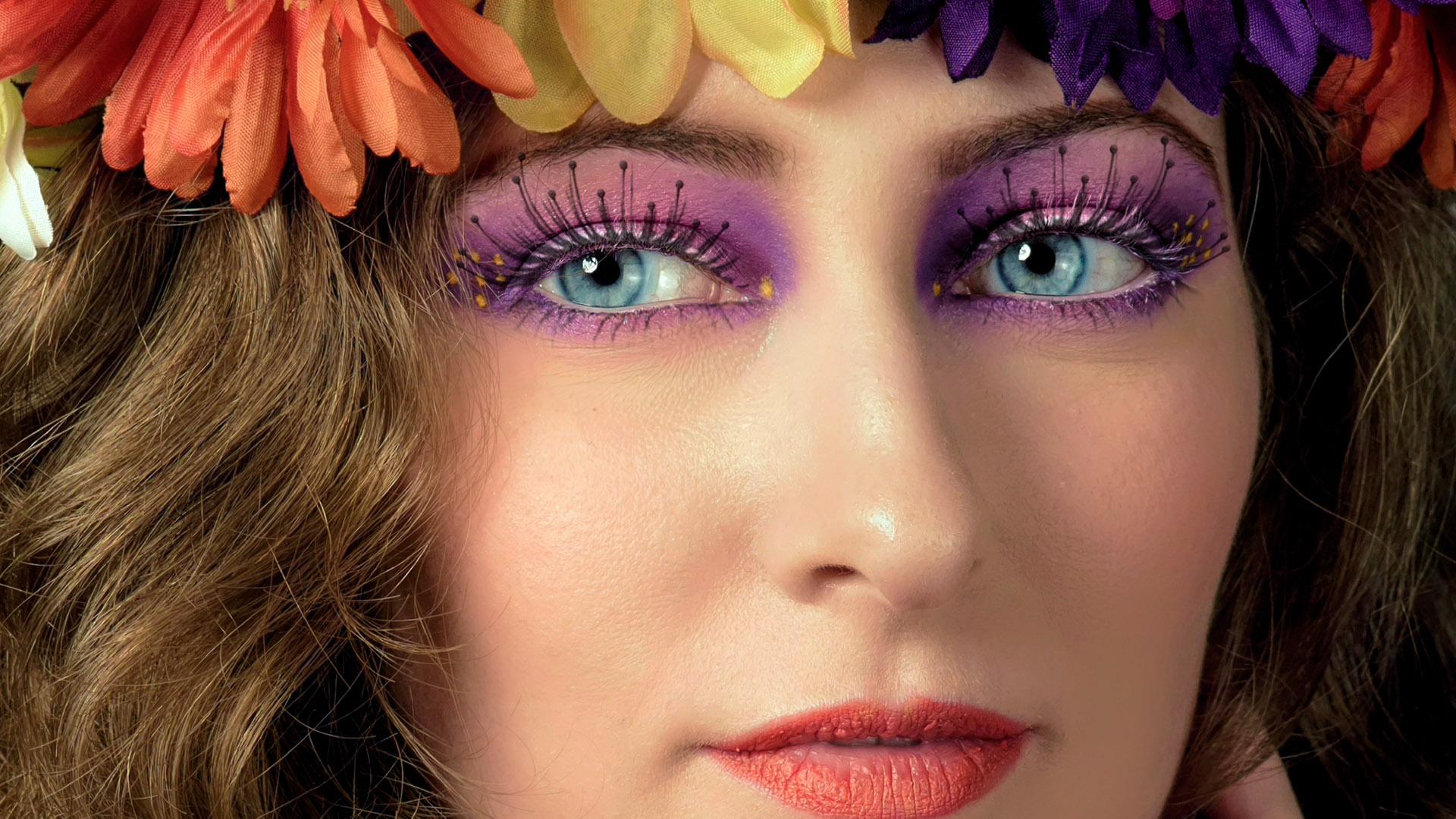 Feature-Adding realistic eyelashes