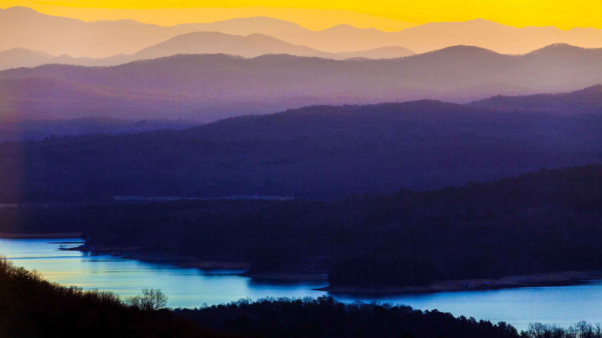 The true color from warm tones to cool ones in the Blue Ridge Mountains of Georgia by Kevin Ames