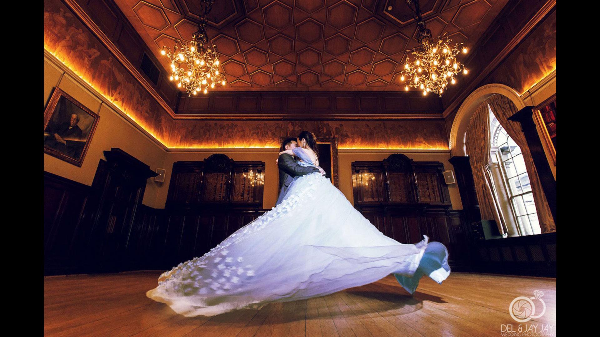 Weddings | Photographer: Derek RobertsonCurator: Bryan Esler