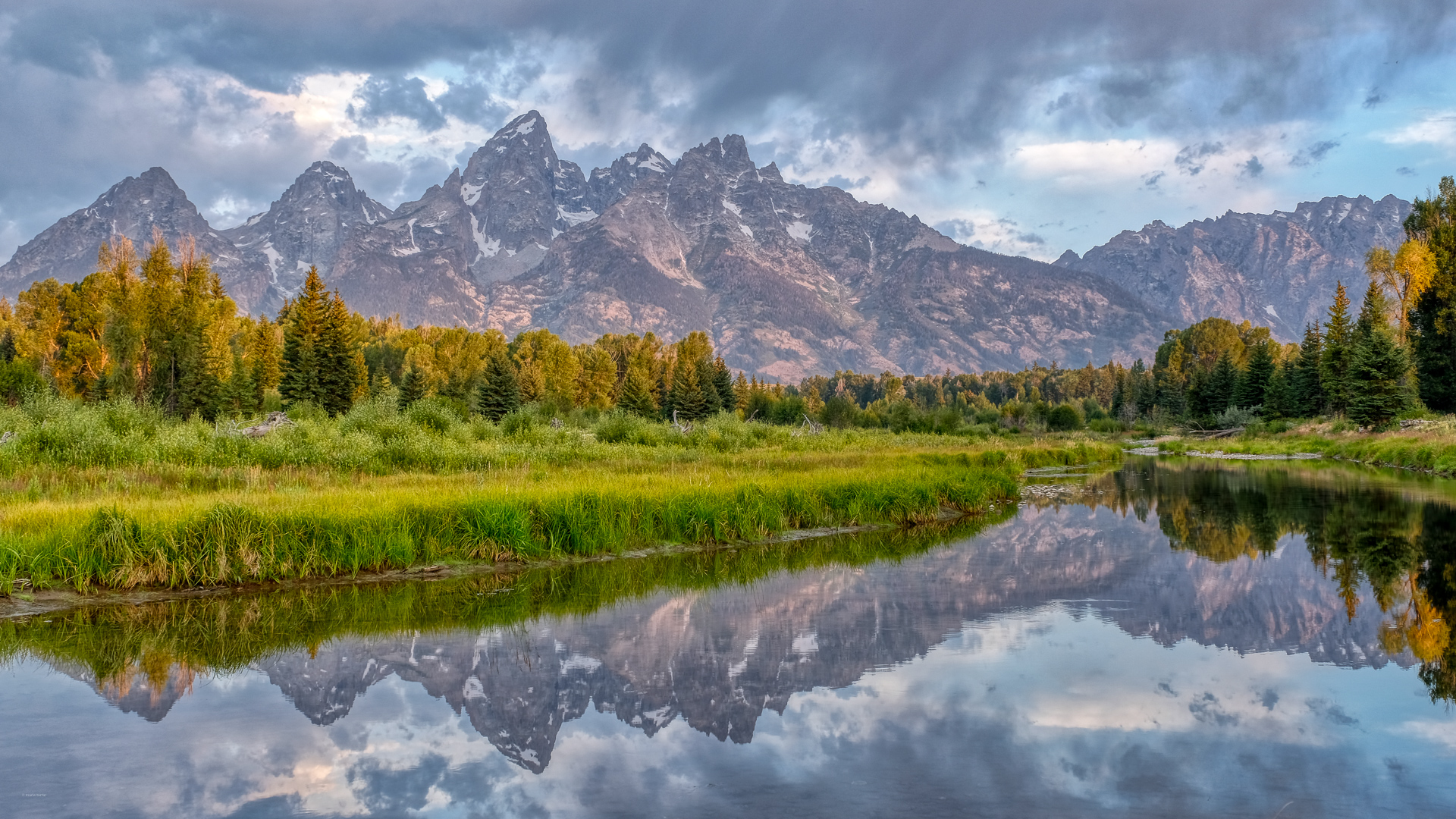 Grand teton panorama from Schwabacher's Landing