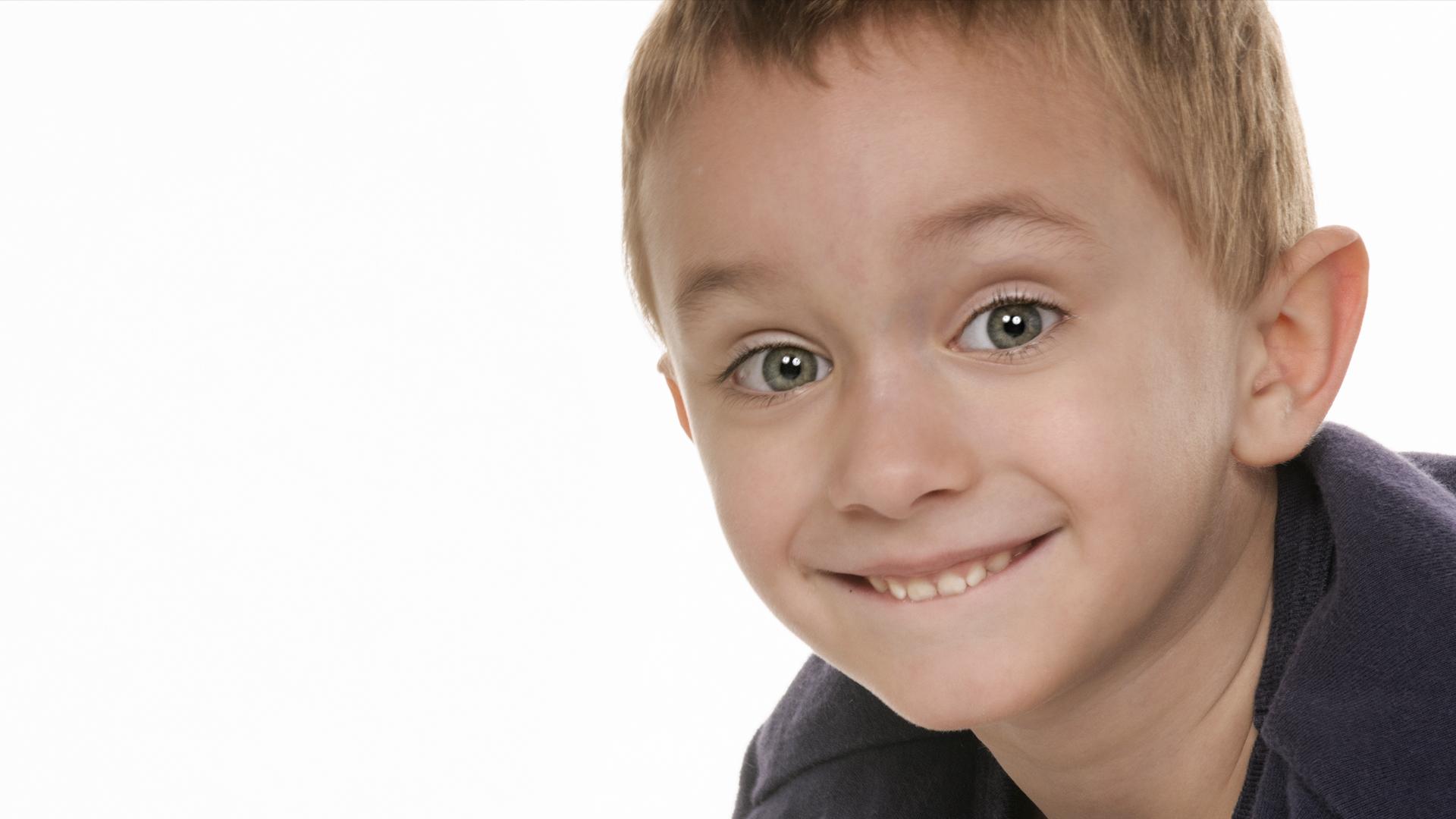 Featured- Balance whites of the eyes