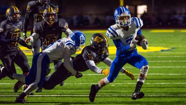 Photographing high school football with the Olympus OM-D E-M1 Mark II, part two