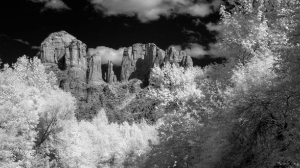 cathedral_rock_IR_1440460_2560p