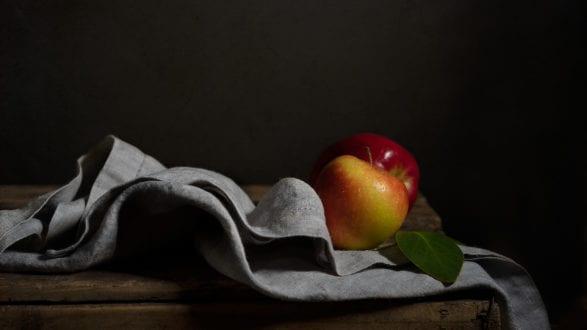 Julie Powell_Apple Header