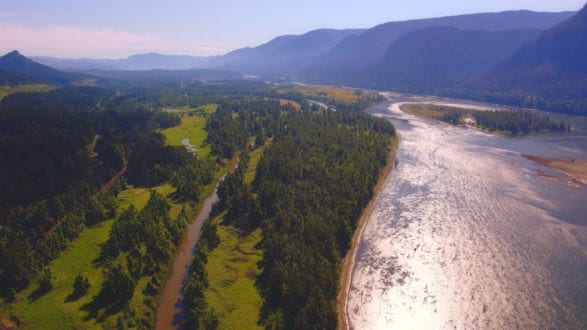 Columbia River by Beacon Rock-denoise-studio-1