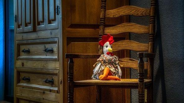 chicken_chair_6261952_2560p