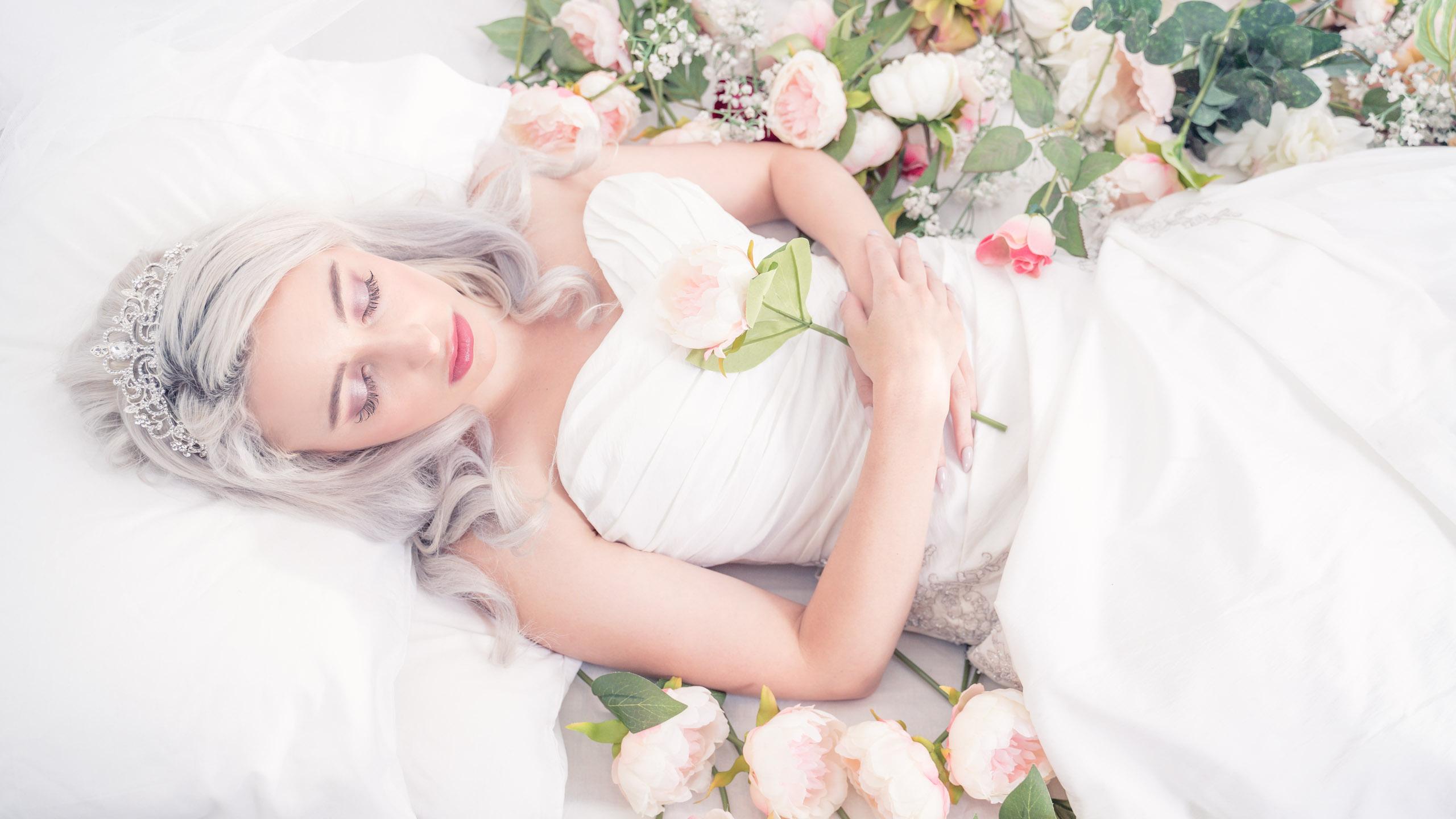 Julie Powell - Sleeping Beauty (1 of 1)