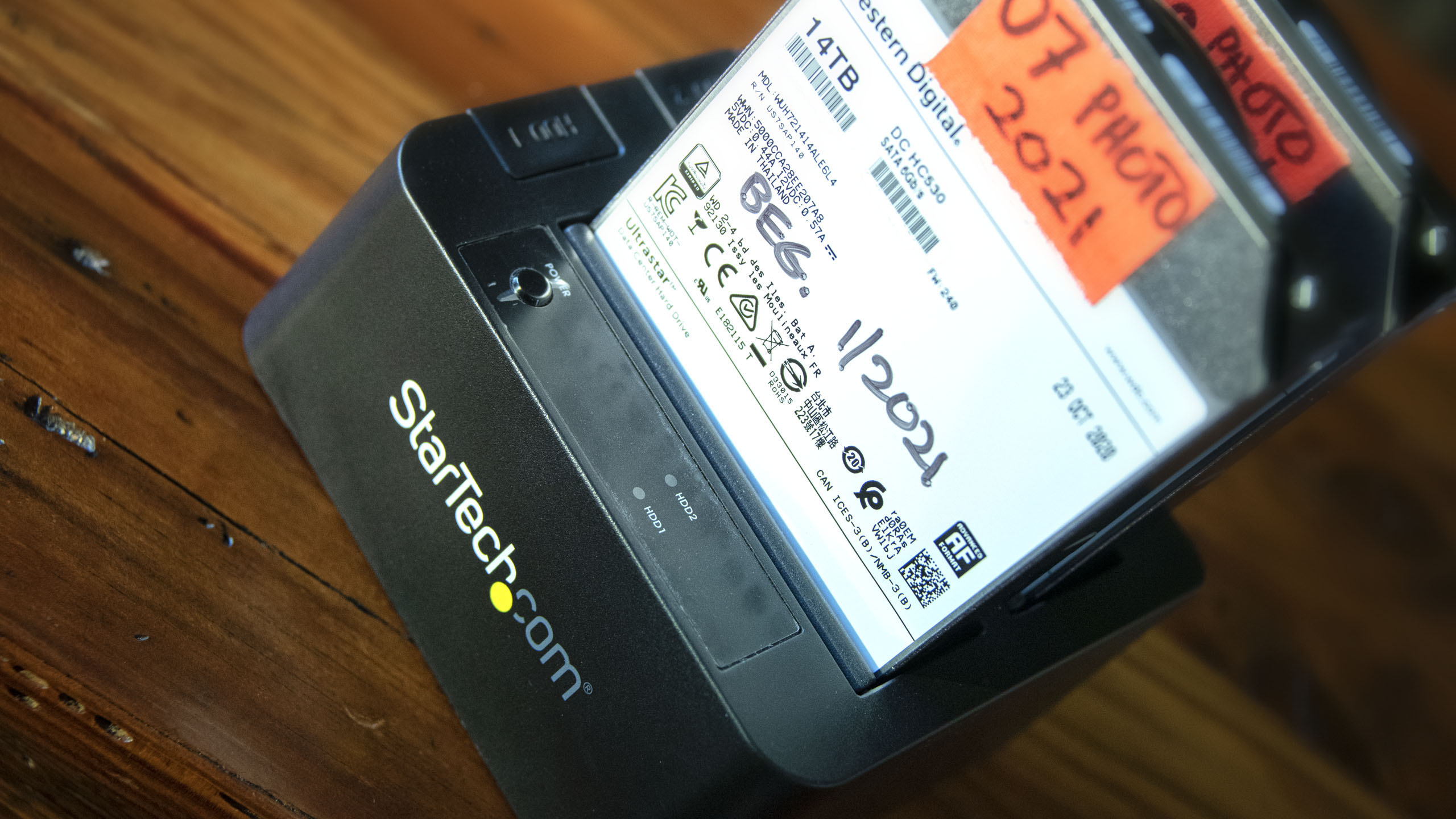 _AAA7927 HEADER_photofocus-startech and hard drives wetsern digital