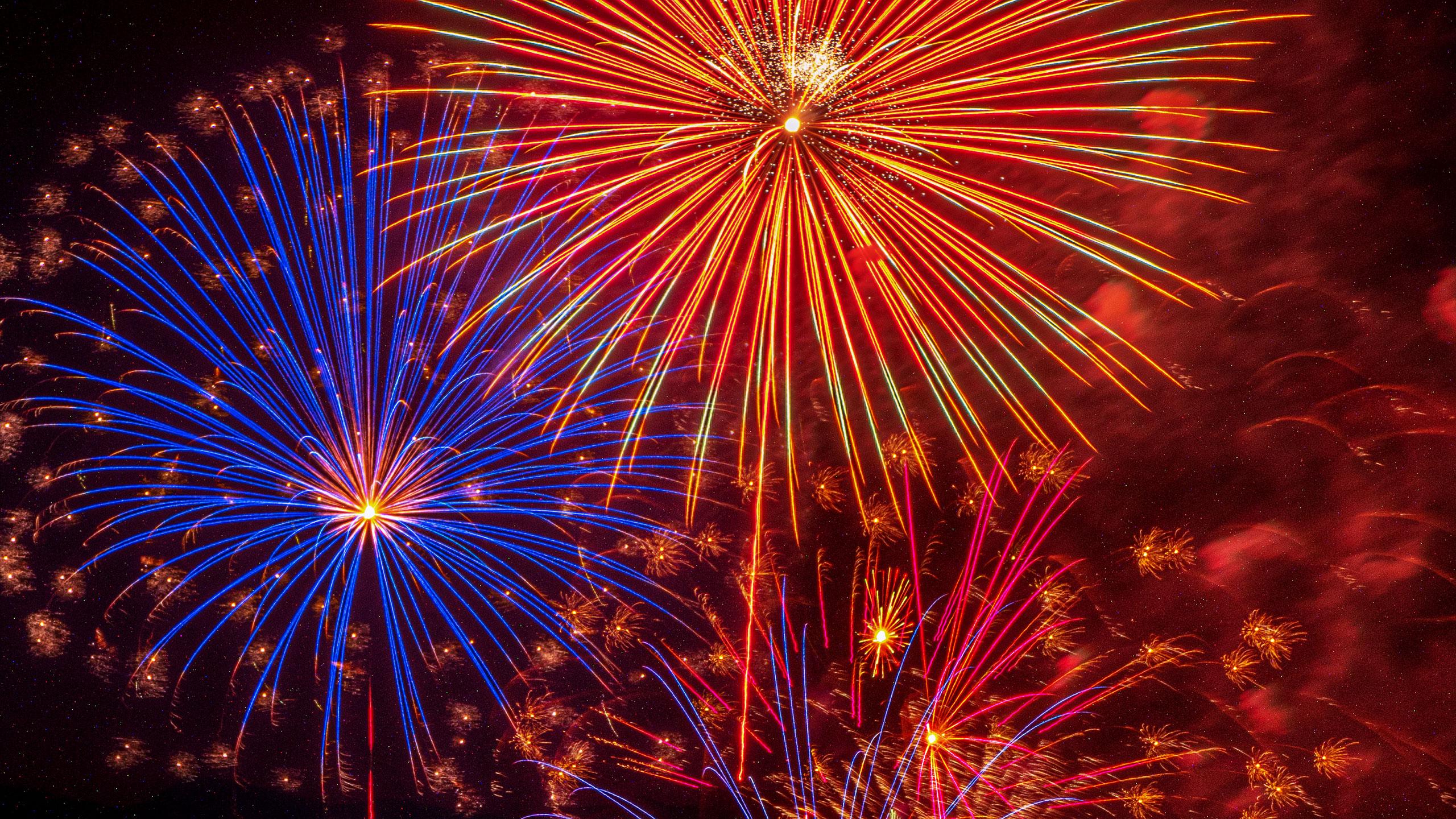 fireworks_P1383375_2560p