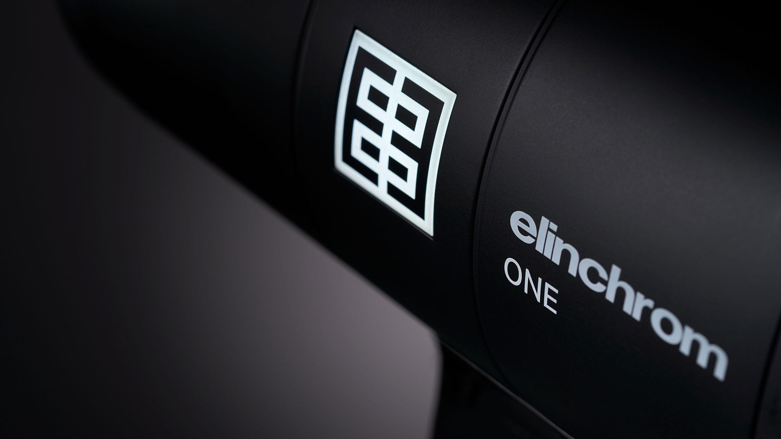 20932.1-Elinchrom-ONE-Creative-side-logo