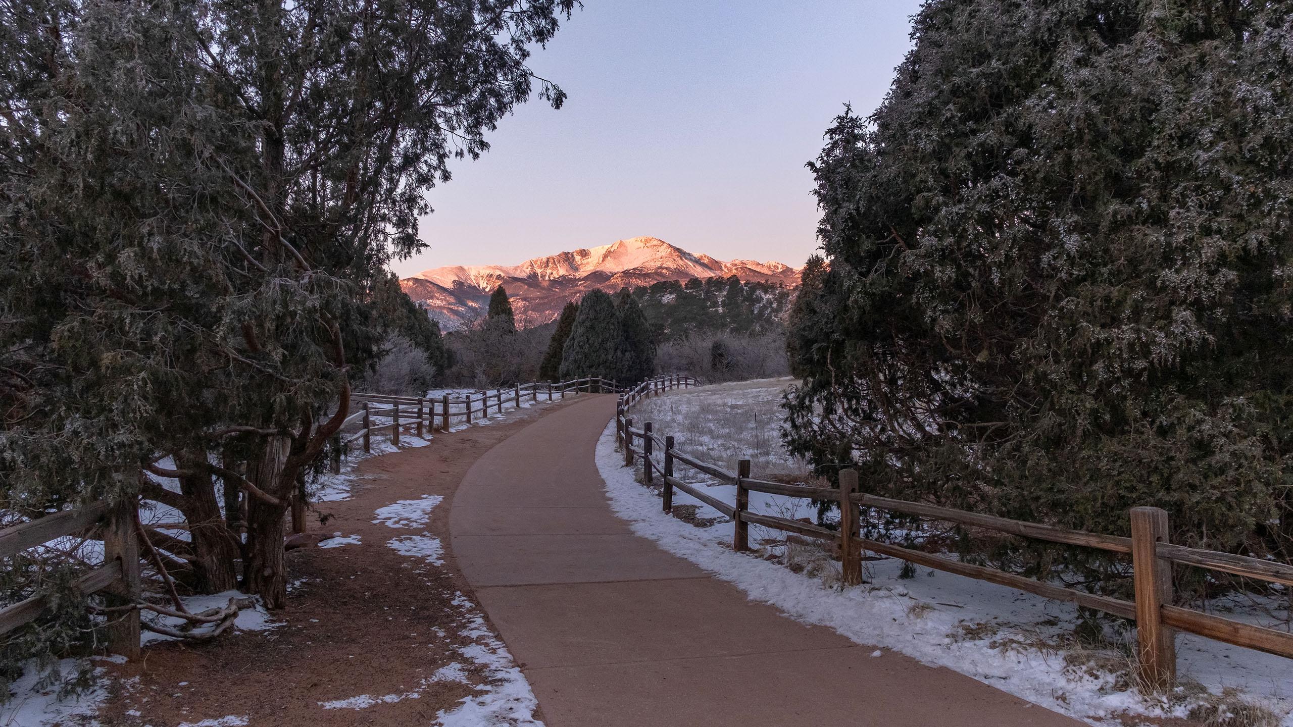 Brett Day Travel Photography Pikes Peak 2560 1440