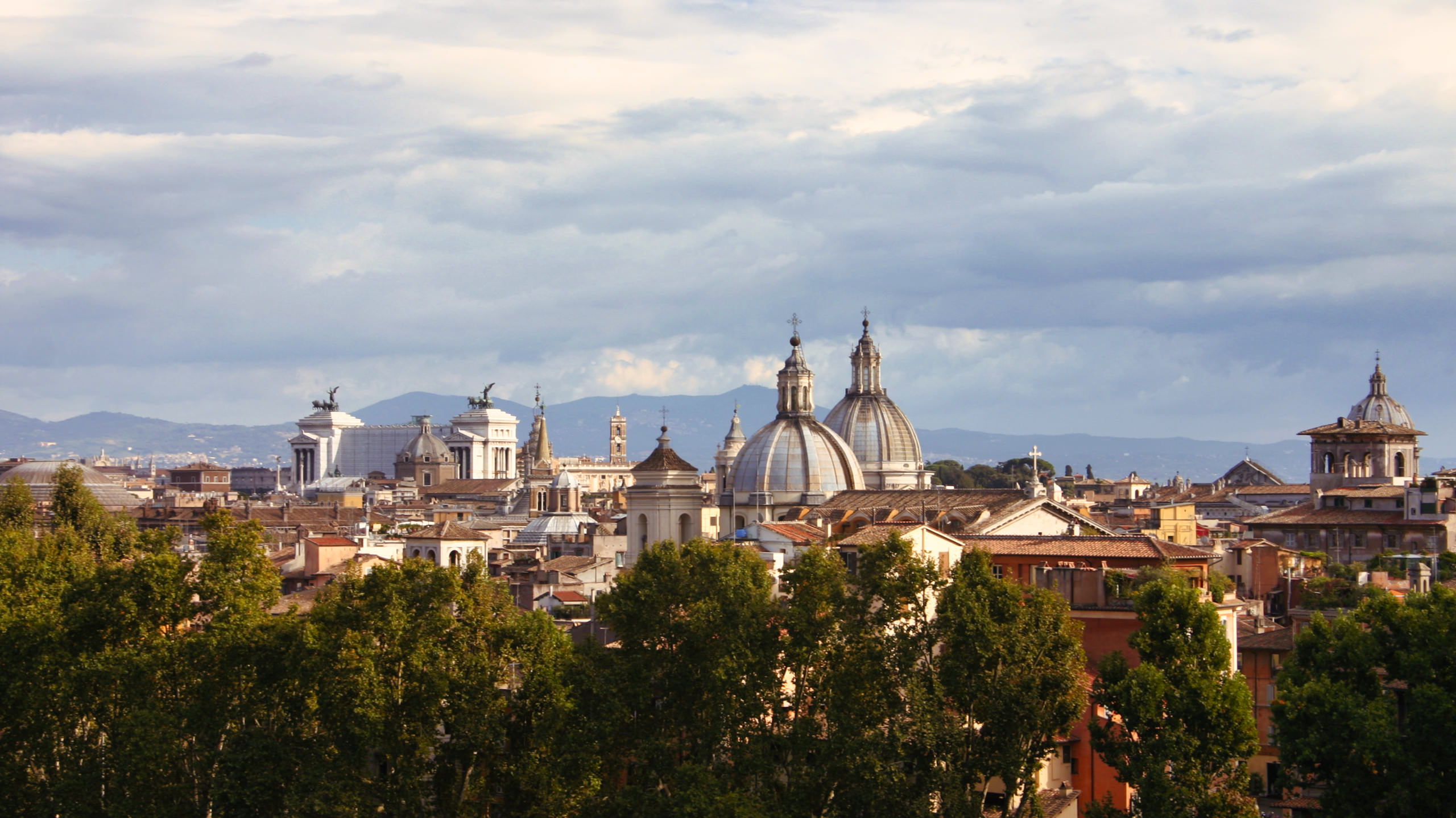 Skyline of Rome, Italy processed with Luminar AI's Toning tool | © Angela Andrieux